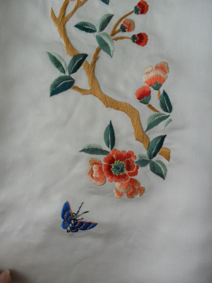 Chinese real silk peking handmade embroidery art